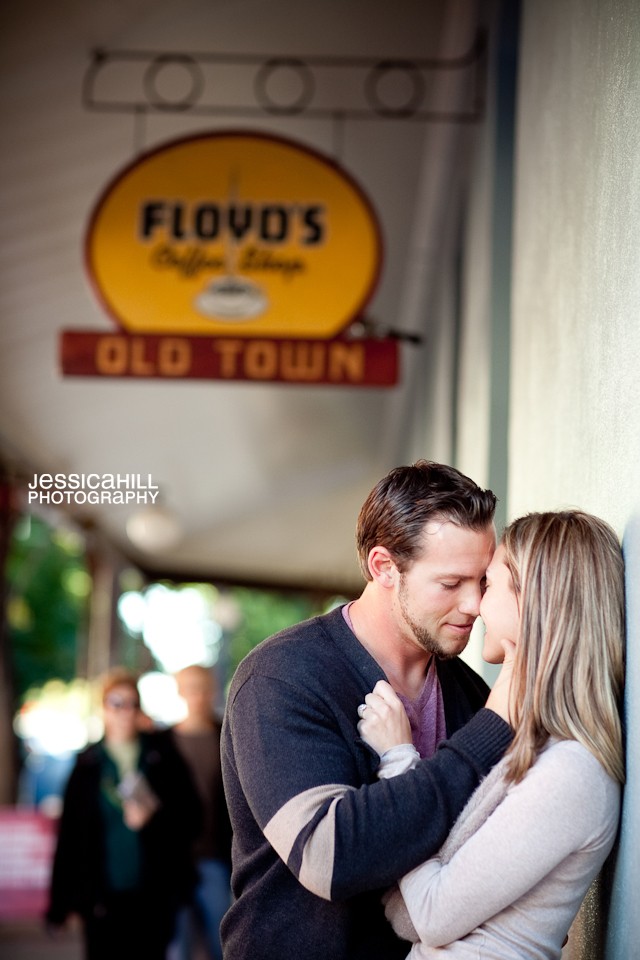 Portland_Engagement_Downtown-14.jpg
