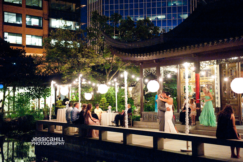 Lan-Su-Gardens-Weddings-15.jpg