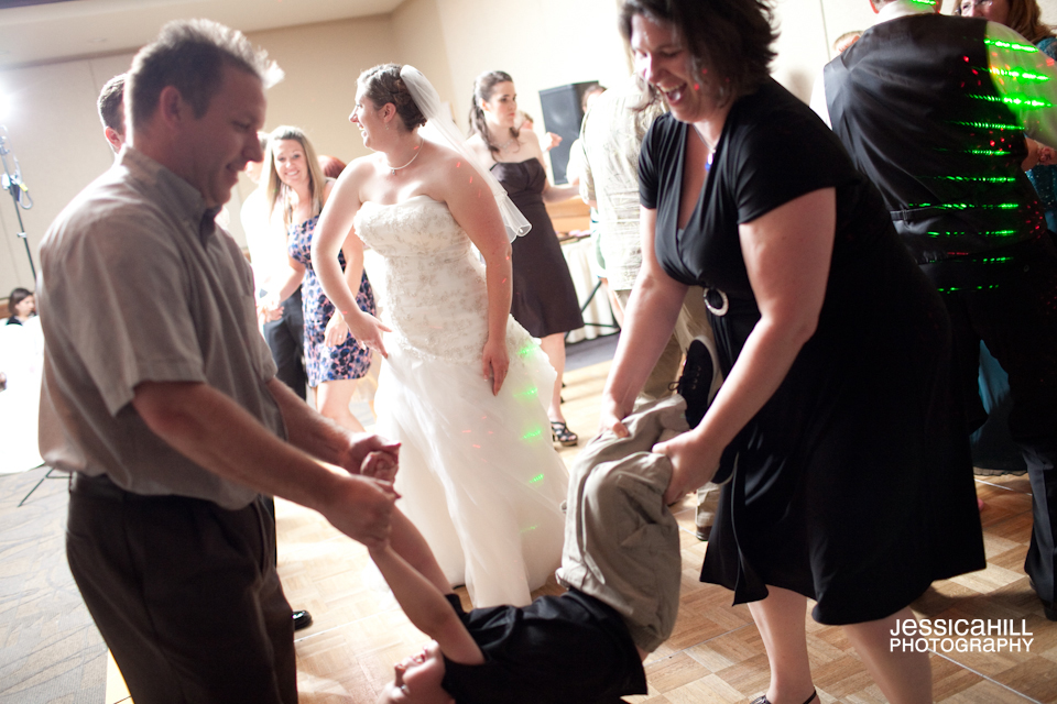 Riverplace-Portland-Weddings-17.jpg