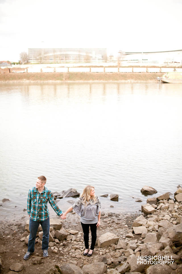 Portland-Engagement-Photographers-6.jpg