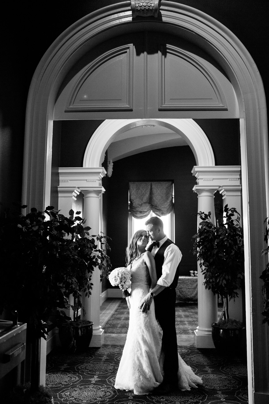 Sentinel-Governor-Hotel-Weddings-Portland-028