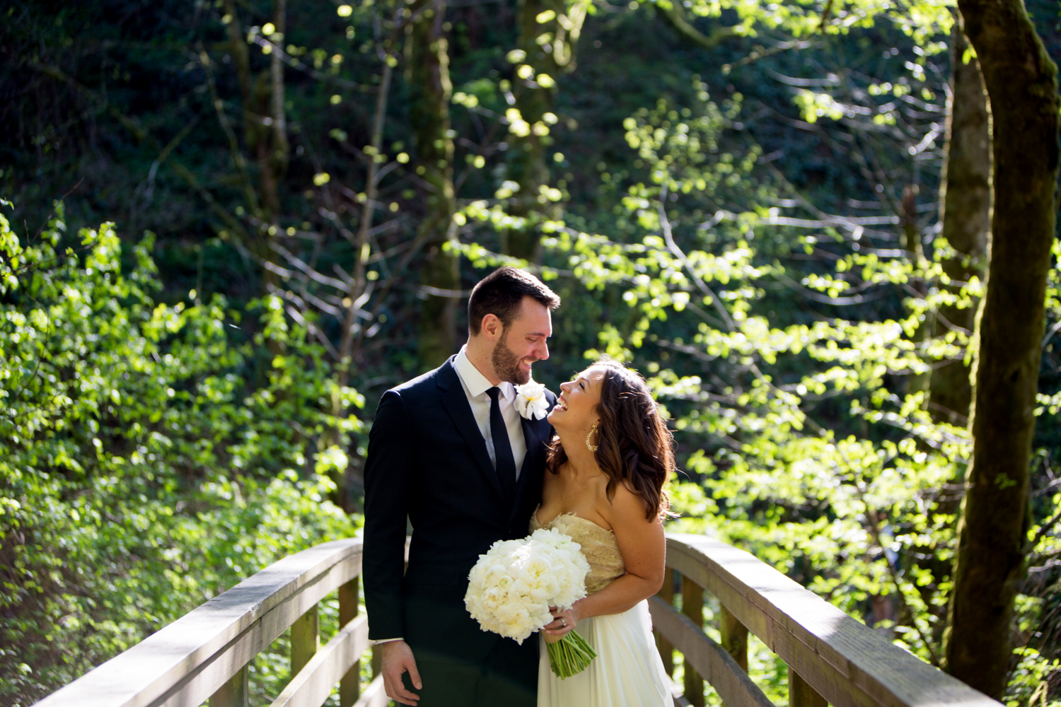 Waterfall-Weddings-Portland-14