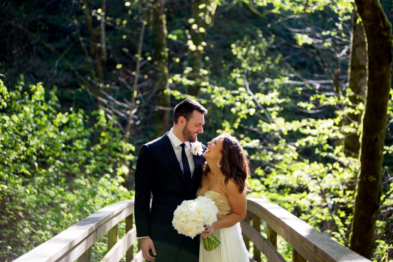 Waterfall-Weddings-Portland-14