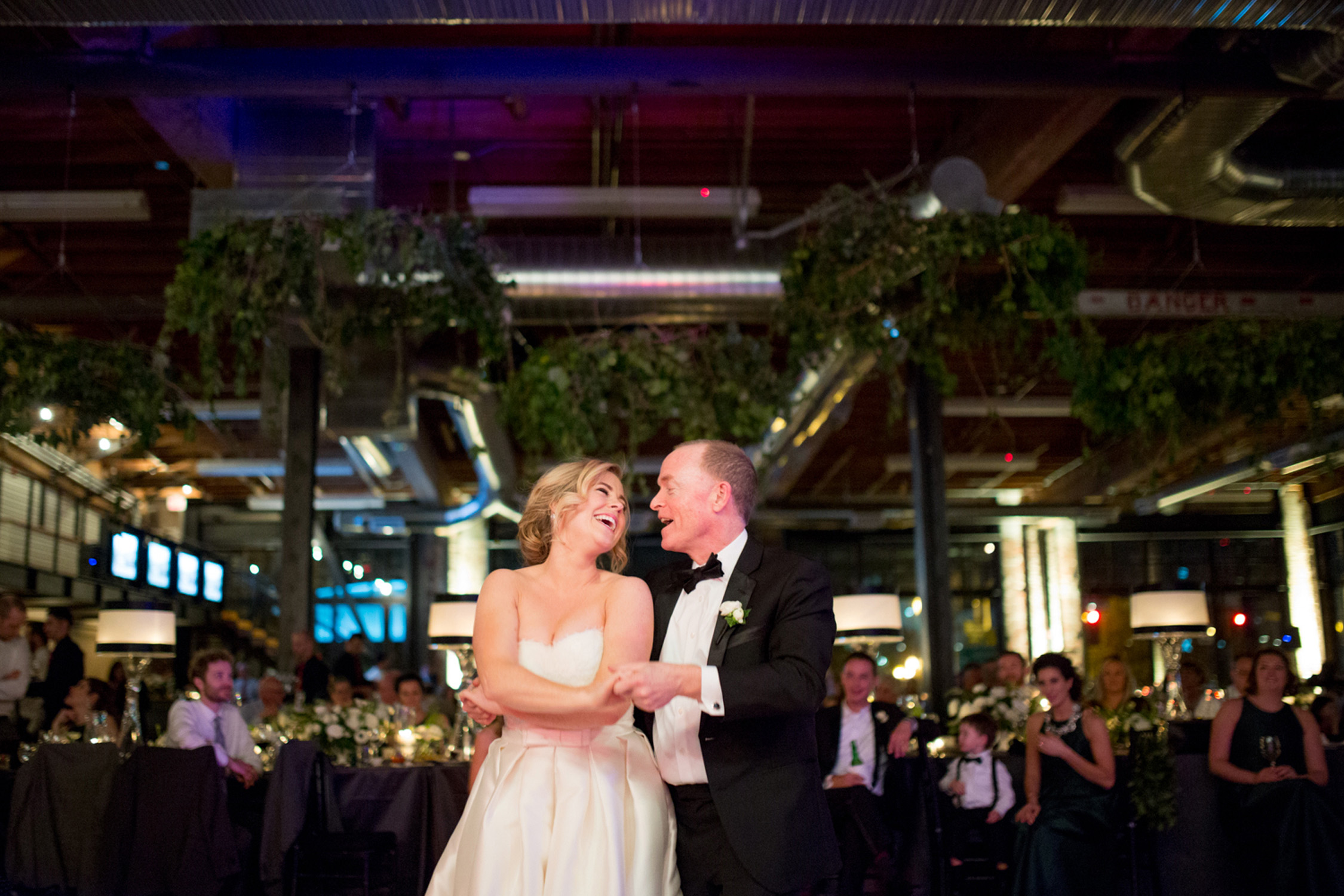 left-bank-annex-portland-weddings-050